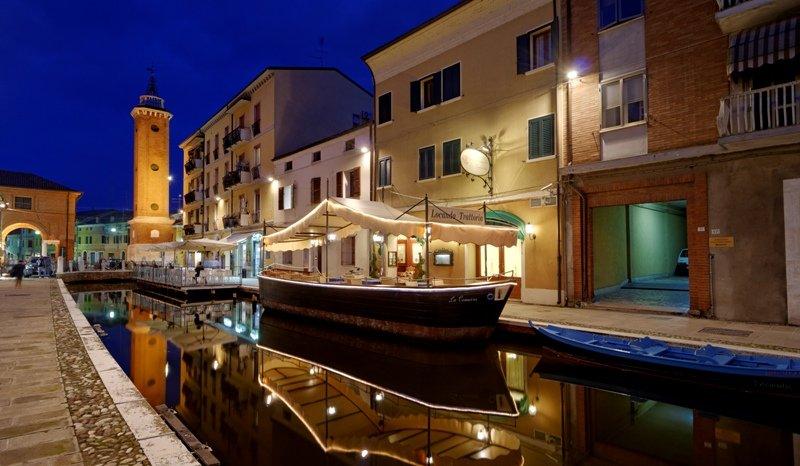 Hotel comacchio dove dormire a comacchio albergo locanda la comacina bed and breakfast - Trattoria del roma bagno di romagna ...
